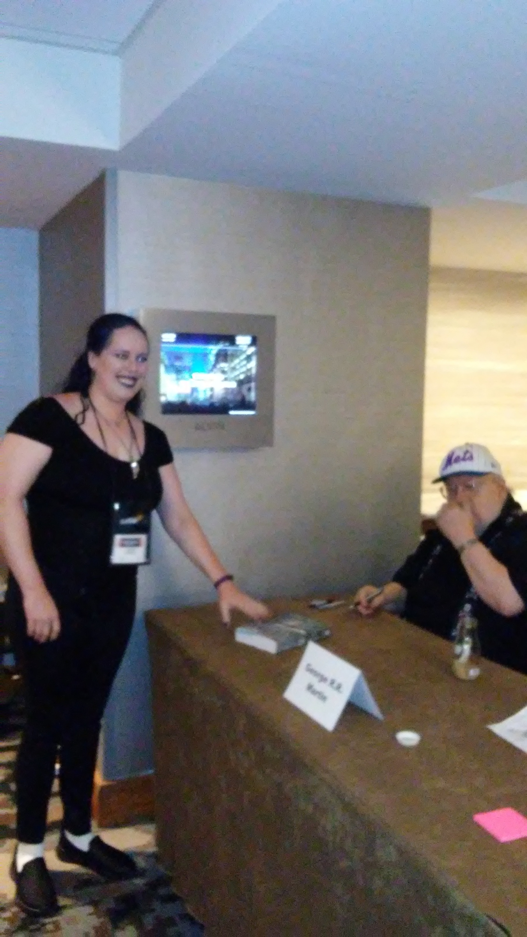 Blurry proof that I met George RR Martin!