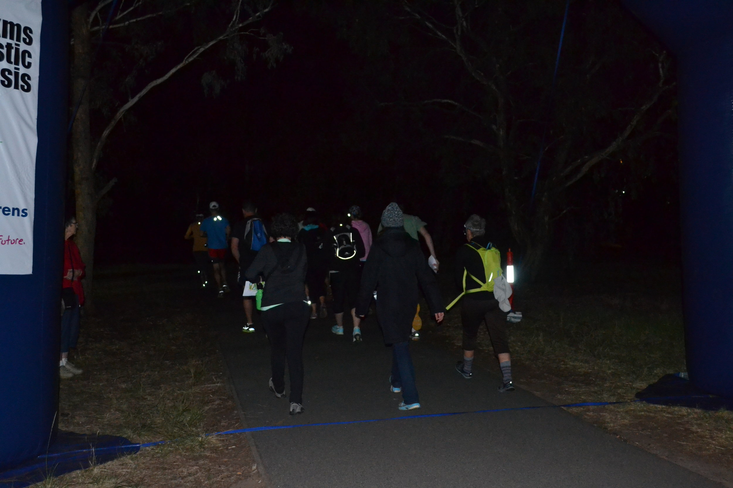 DSC_0207 - Into the park 6am.JPG