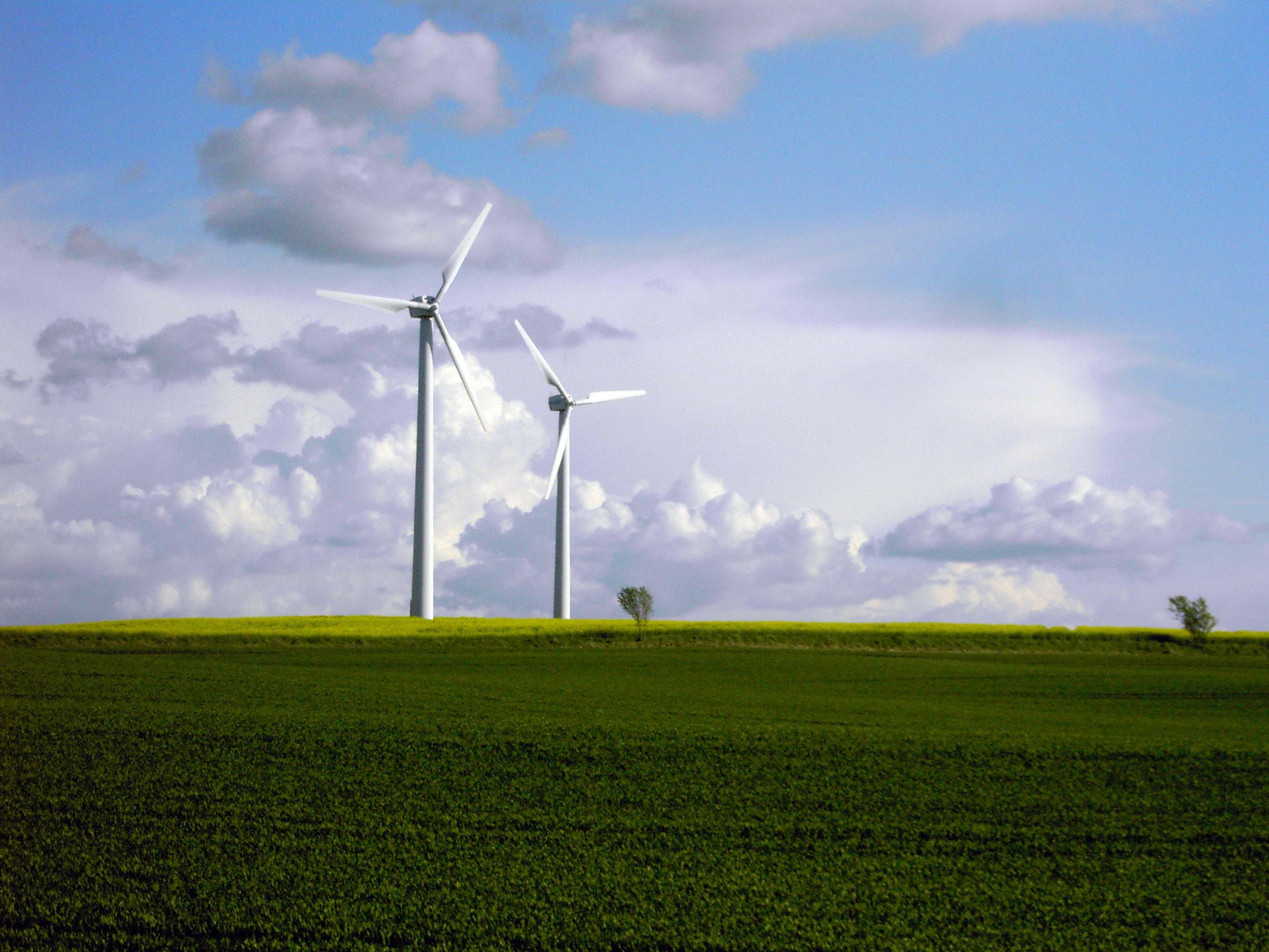 windmills-1-1535264.jpg