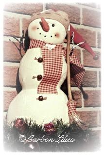 A Carbon Family decoration... Mr. Snowman