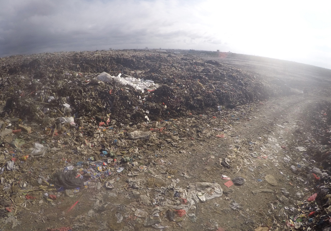 2Serangan dump_Bali1.JPG
