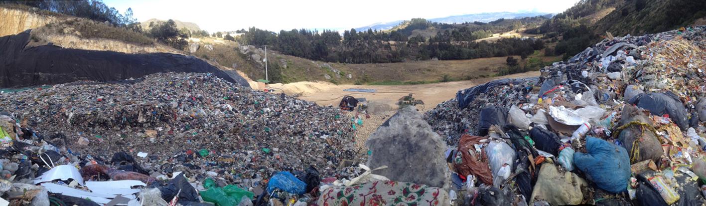 18Montonedo dump_Bogota Colombia2.jpg