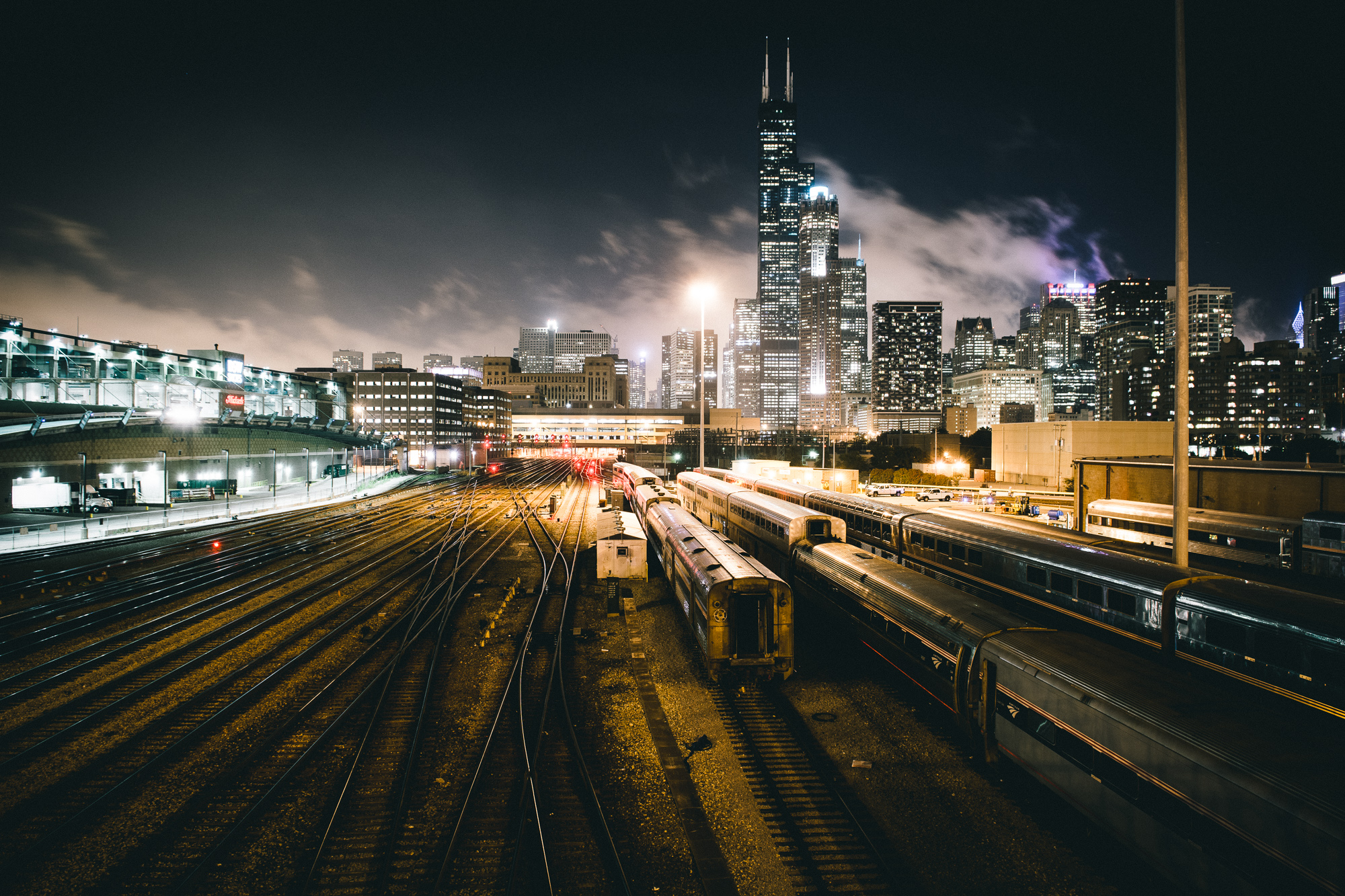 chicago-skyline-night
