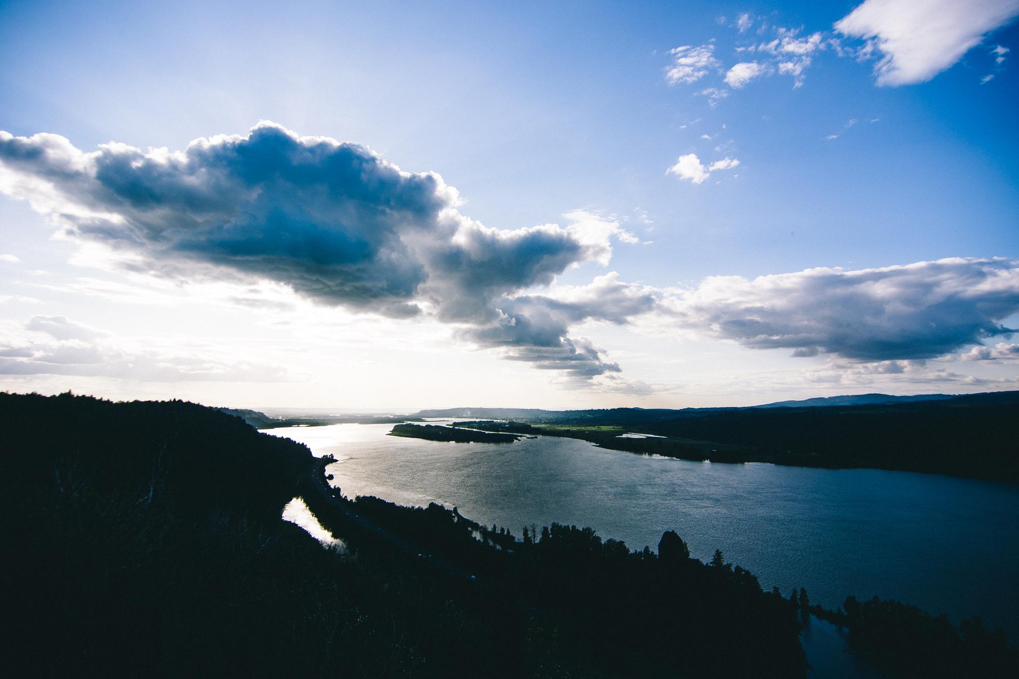 vista-house-columbia-river