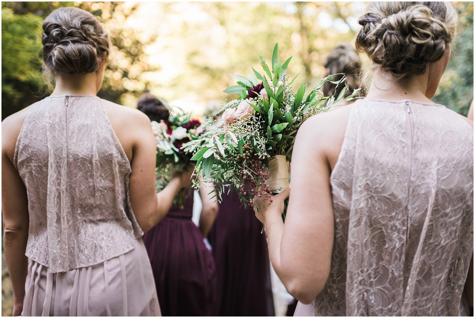 Bridesmaids flowers candid