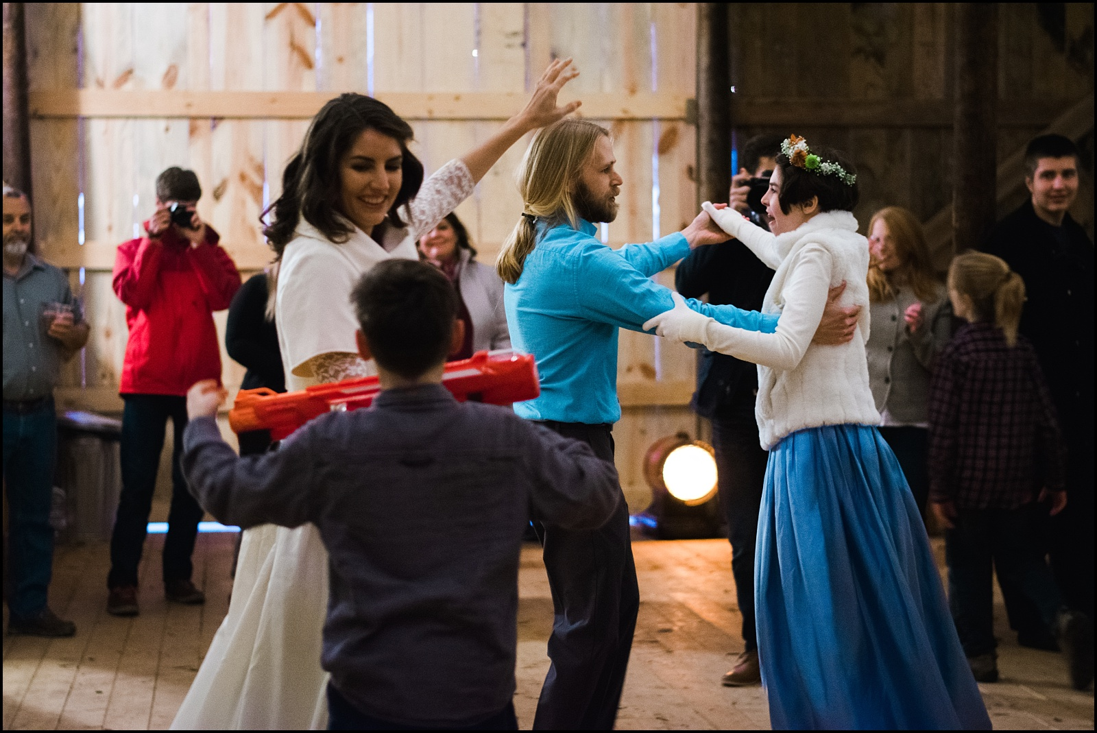 Family dancing at east TN wedding
