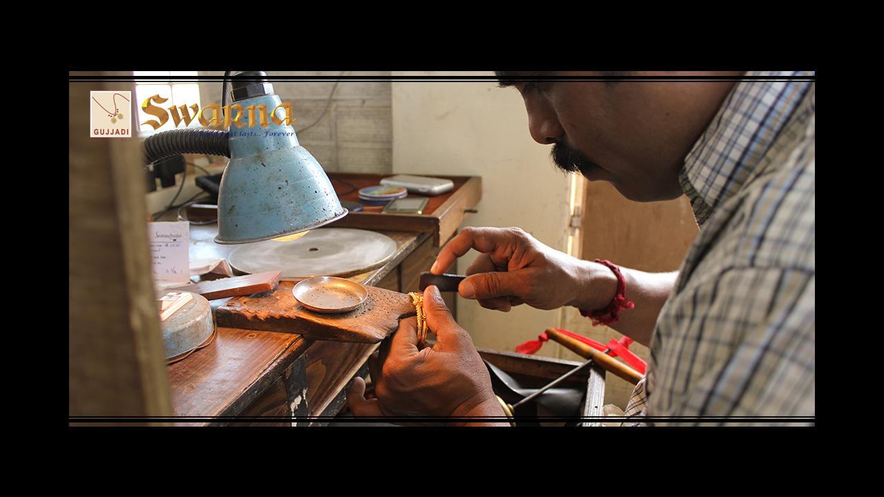Stone Setting On a Bangle