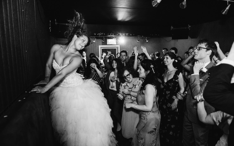 Leigh_Alexander_Quintin_Smith_London_Wedding_NovellaPhotography_OutdoorWeddings19