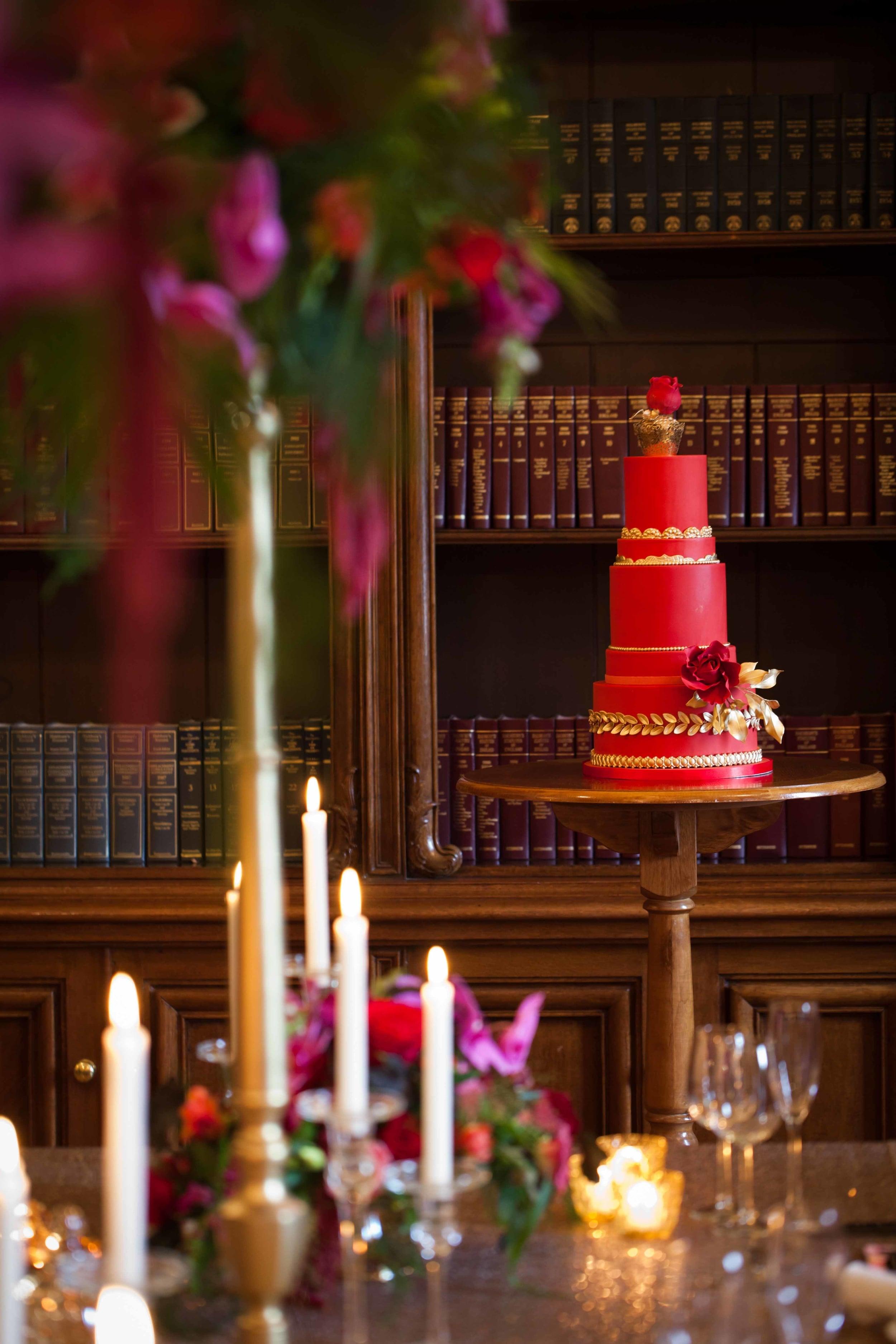 Cake by Poppy Pickering Cakes.