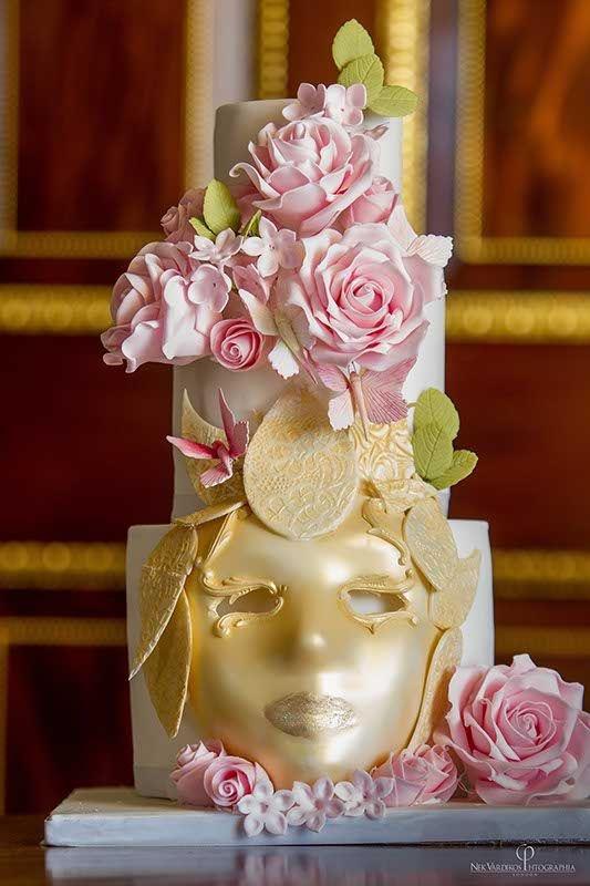 luxury wedding cake designed by Elizabeth Cake Emporium