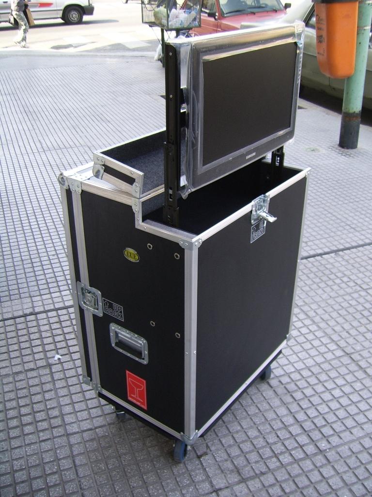 Rack - Ascensor - Rack para aulas.JPG