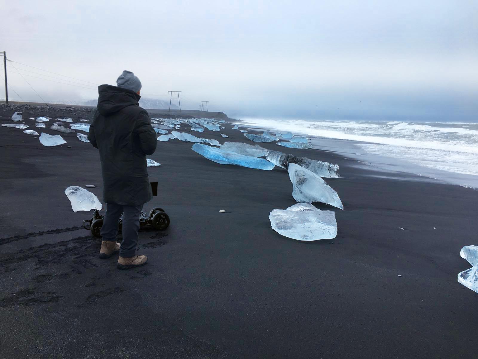 rc car at iceland.jpg