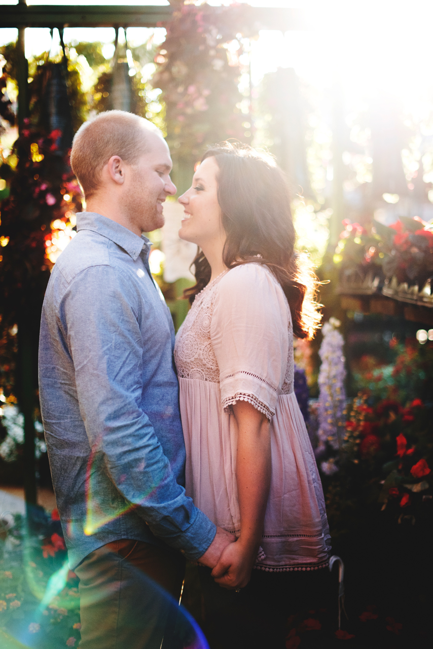chicago-old-town-engagement11.jpg