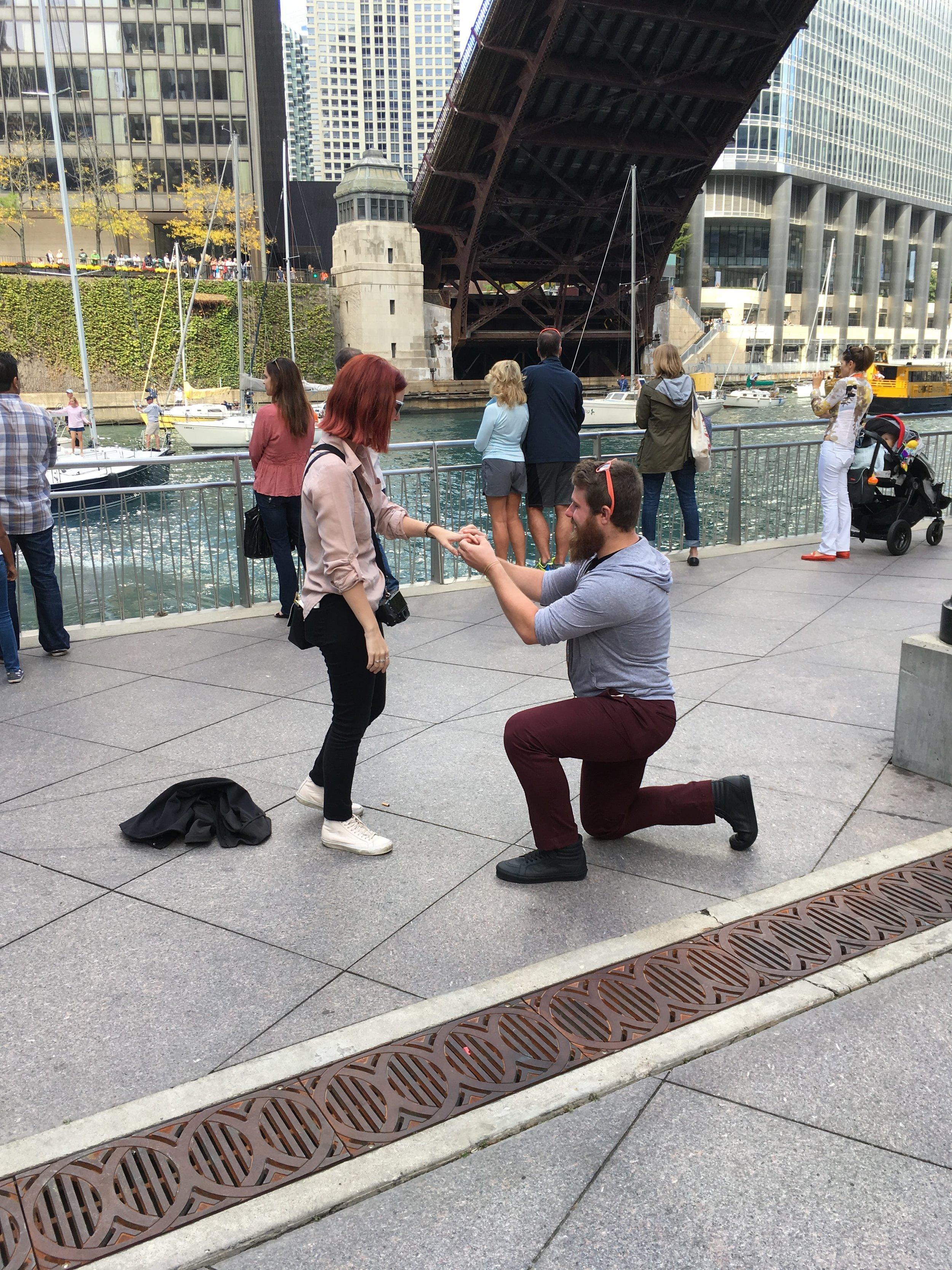 Chicago-Riverwalk-Proposal-Engagement34.JPG