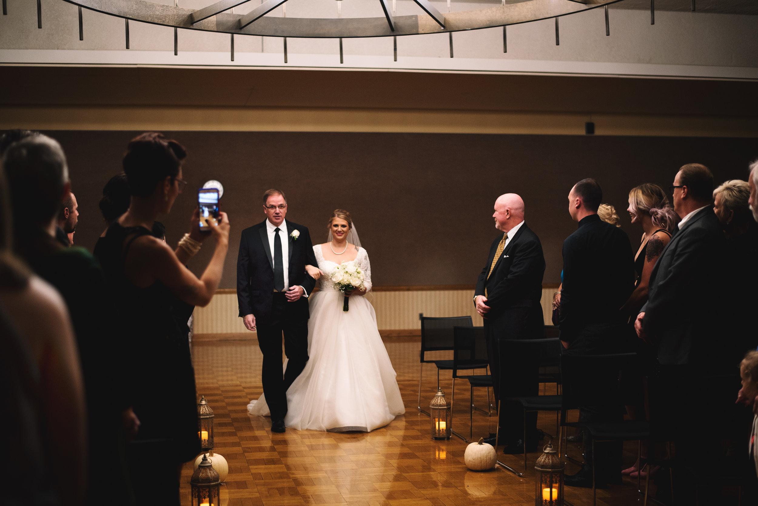 King-Northern-Illinois-University-Wedding062.jpg