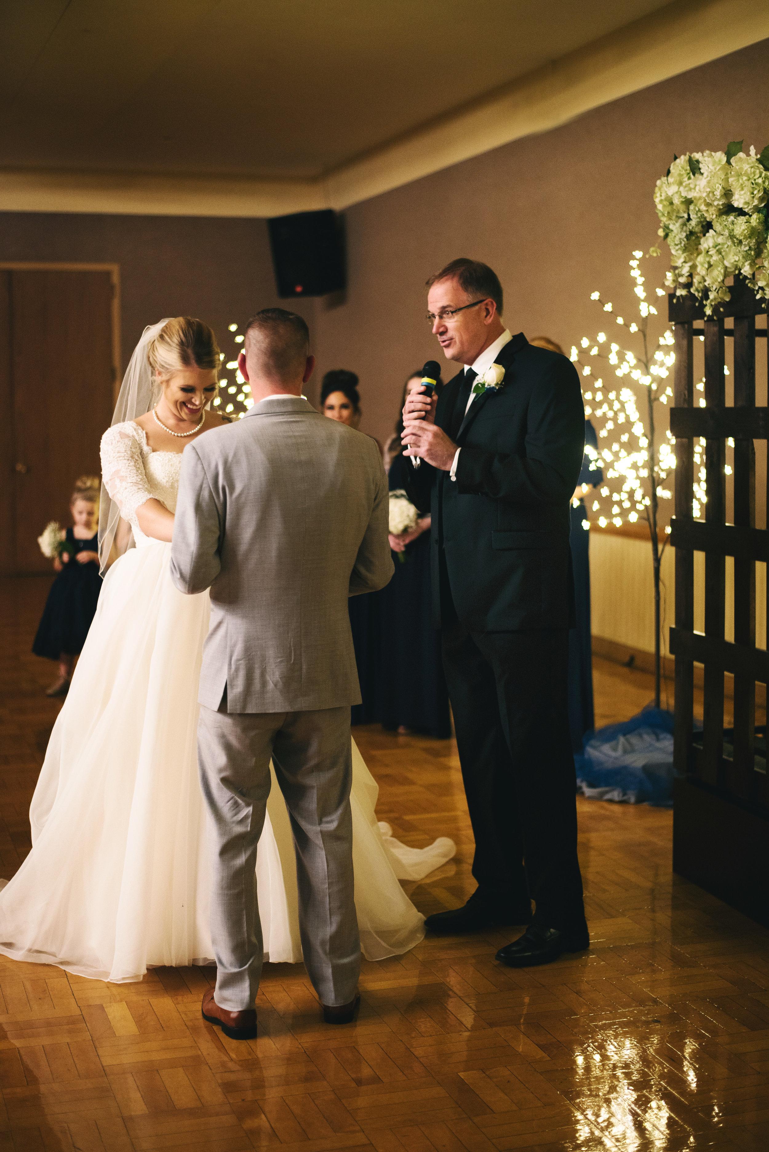 King-Northern-Illinois-University-Wedding064.jpg