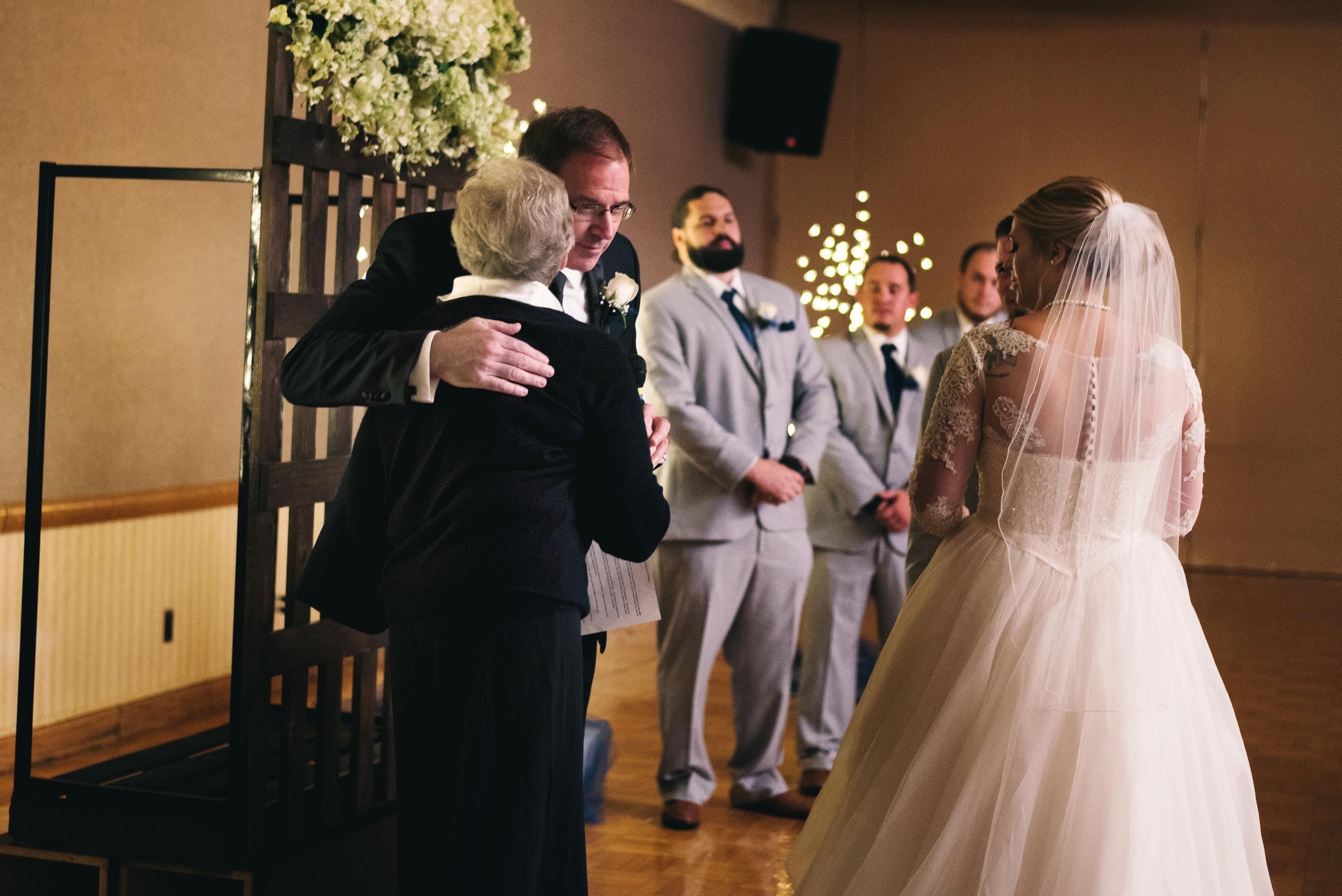 King-Northern-Illinois-University-Wedding067.jpg