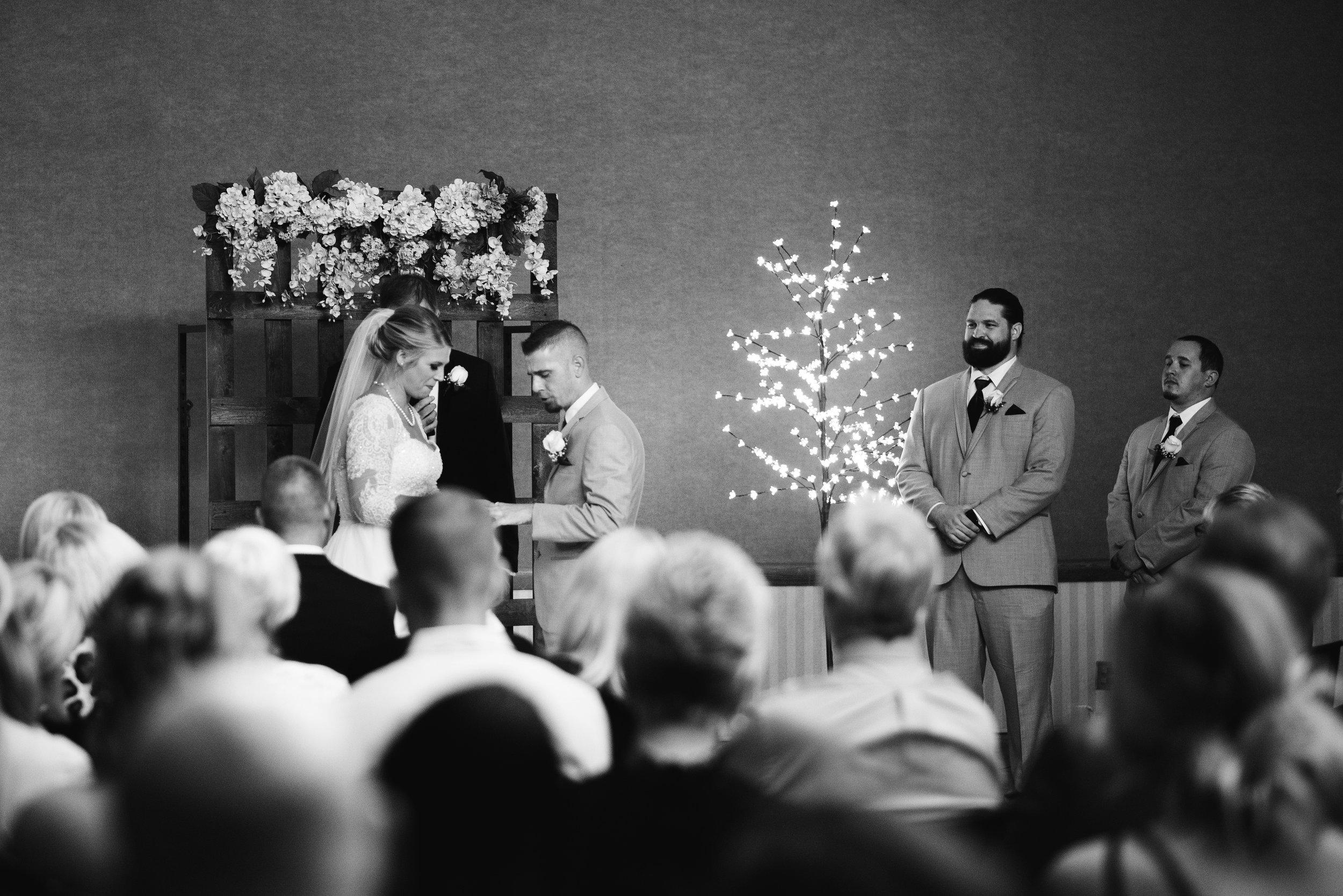 King-Northern-Illinois-University-Wedding074.jpg
