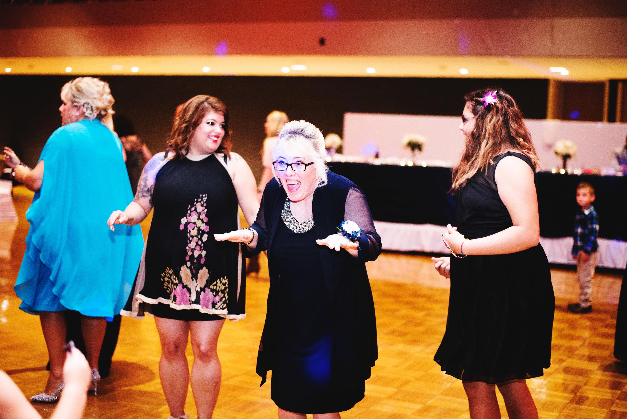 King-Northern-Illinois-University-Wedding140.jpg