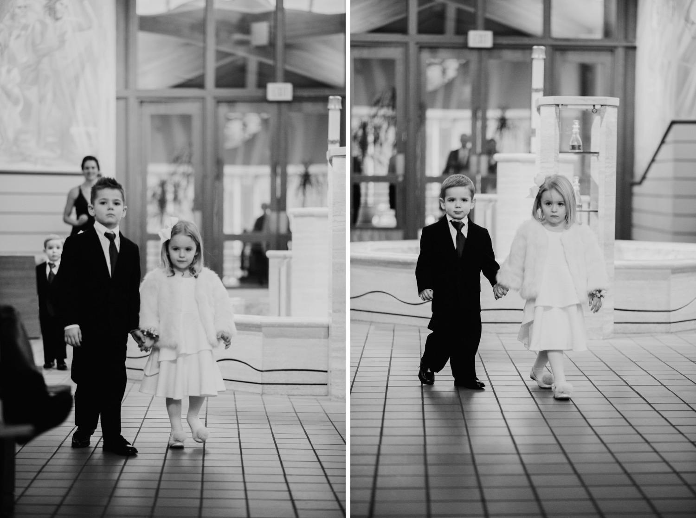 045_Haavig_Danada-Christmas-December-Wedding_0080_Haavig_Danada-Christmas-December-Wedding_0079.jpg