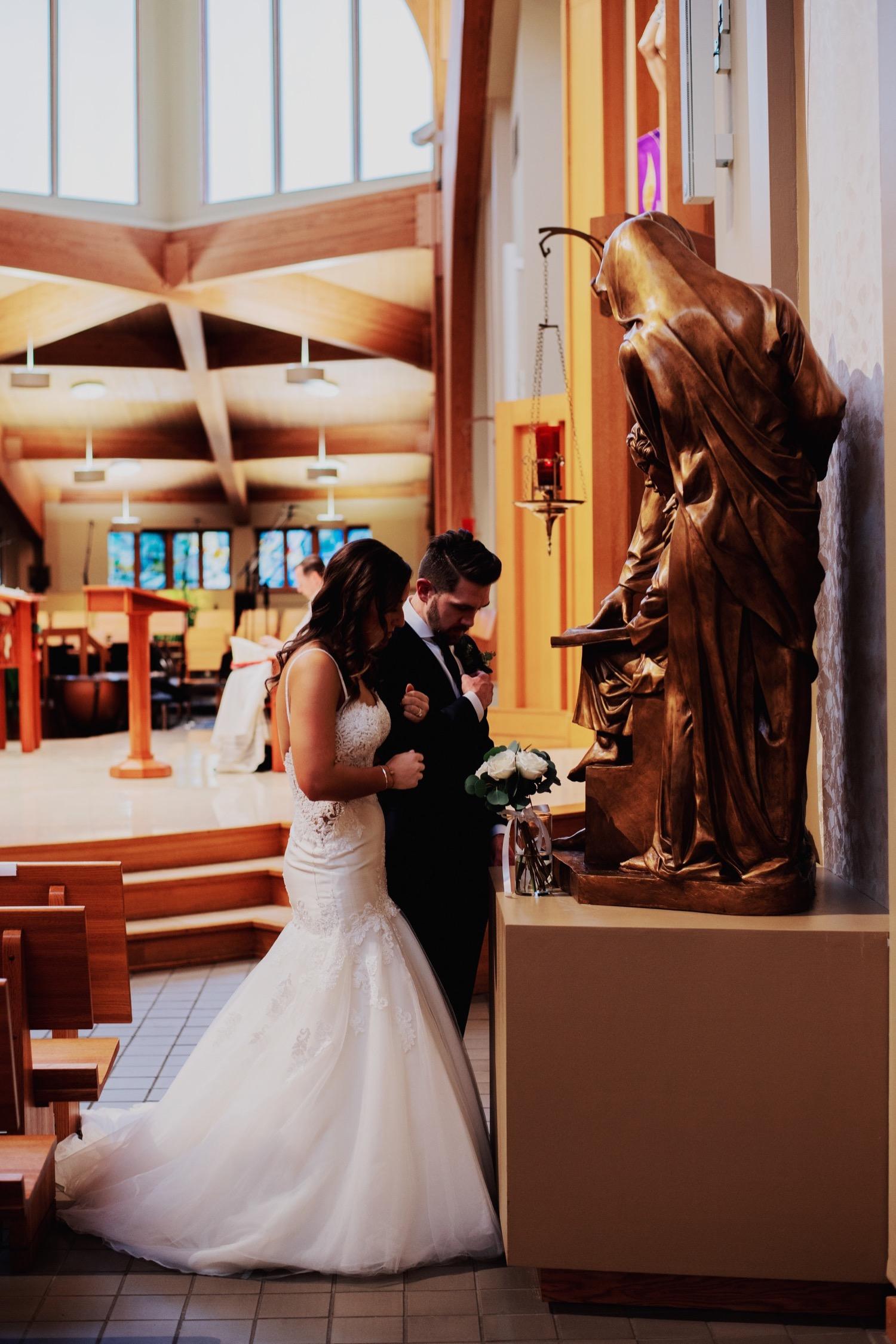 056_Haavig_Danada-Christmas-December-Wedding_0097.jpg