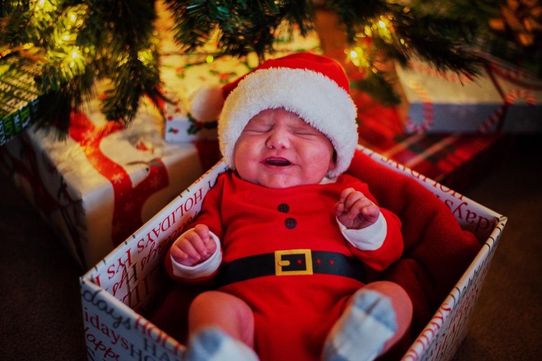 38_Hoehn-Newborn_0767_newborn_plainfield_familysession.jpg