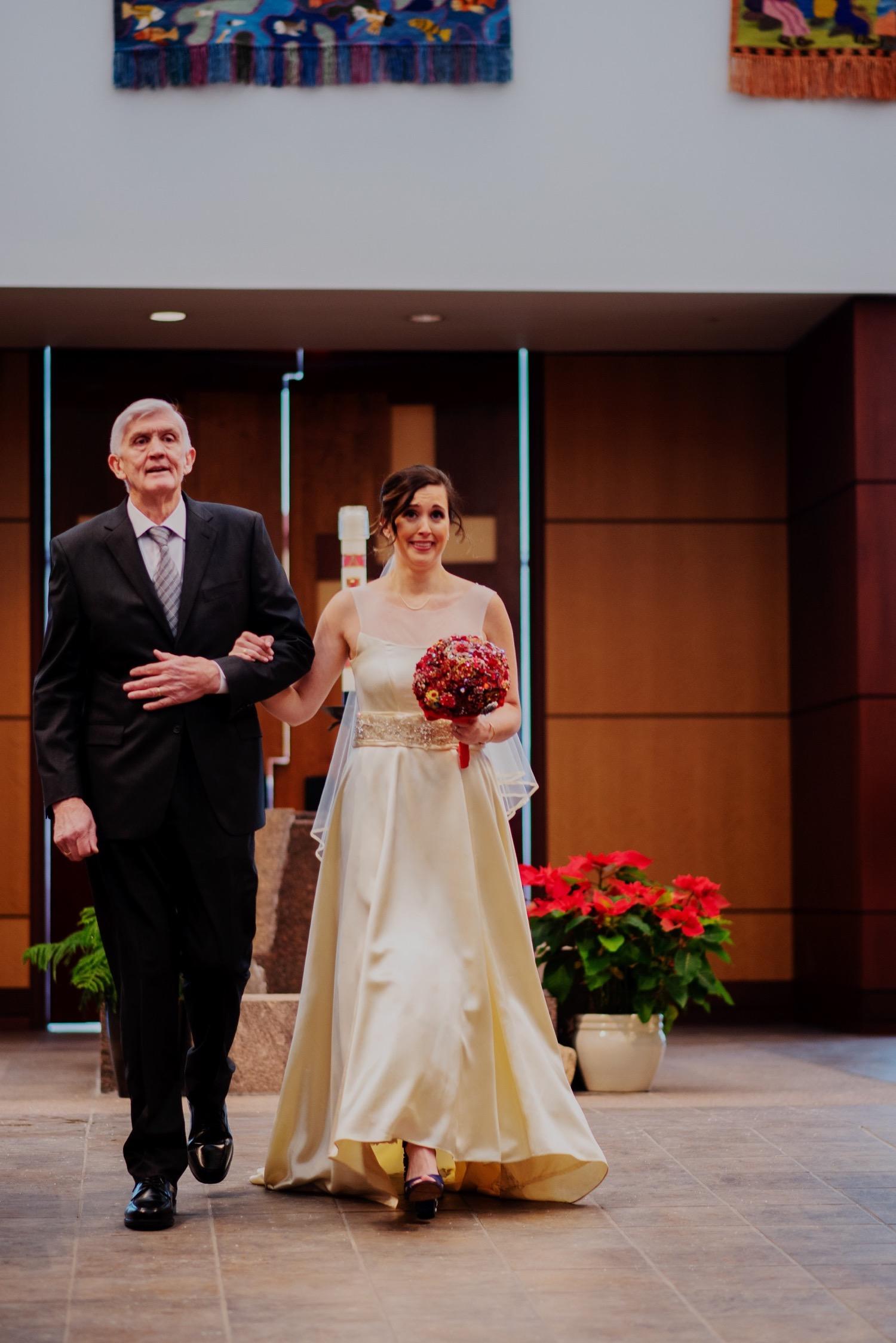 043_McGrath-Libertyville-IndependenceGrove-Winter-Wedding_0062_Independencegrovewedding.jpg