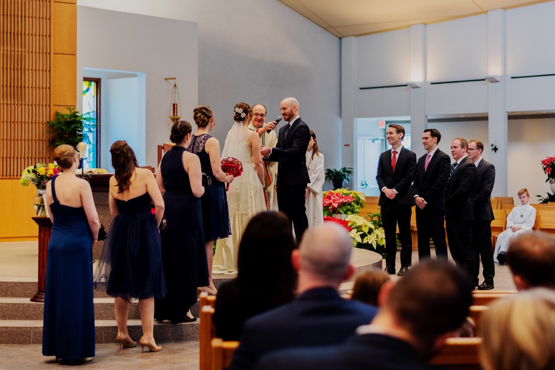 046_McGrath-Libertyville-IndependenceGrove-Winter-Wedding_0066_Independencegrovewedding.jpg