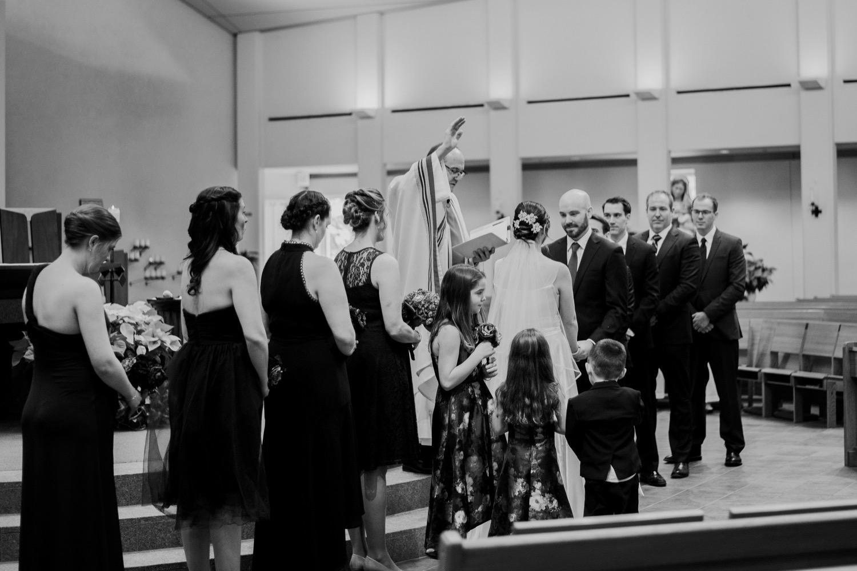 051_McGrath-Libertyville-IndependenceGrove-Winter-Wedding_0072.jpg