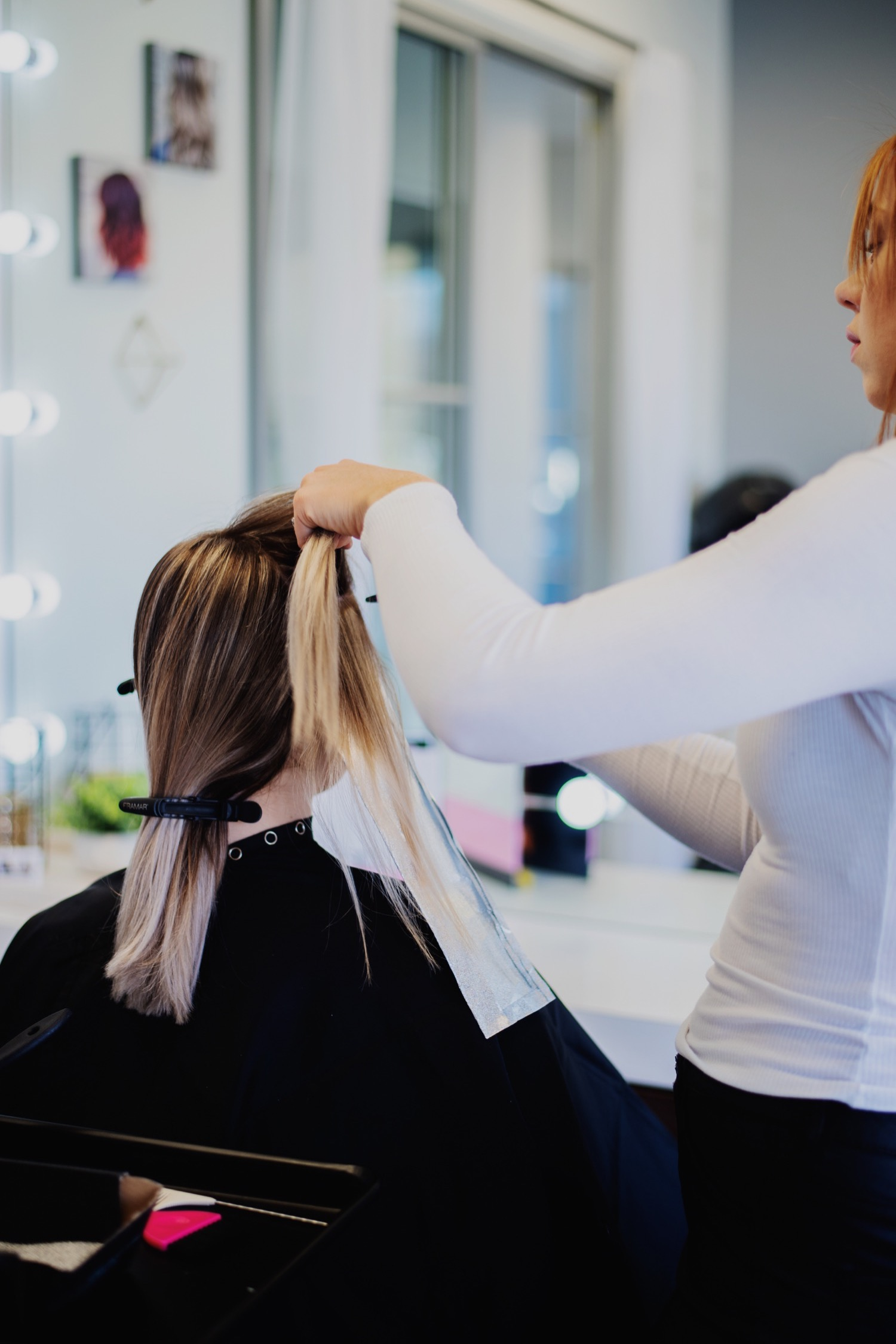 11_Laura-Salon-OakbrookTerrace_0162_oakbrookterrace_hairstylist_oakbrookterracesalon_salon.jpg