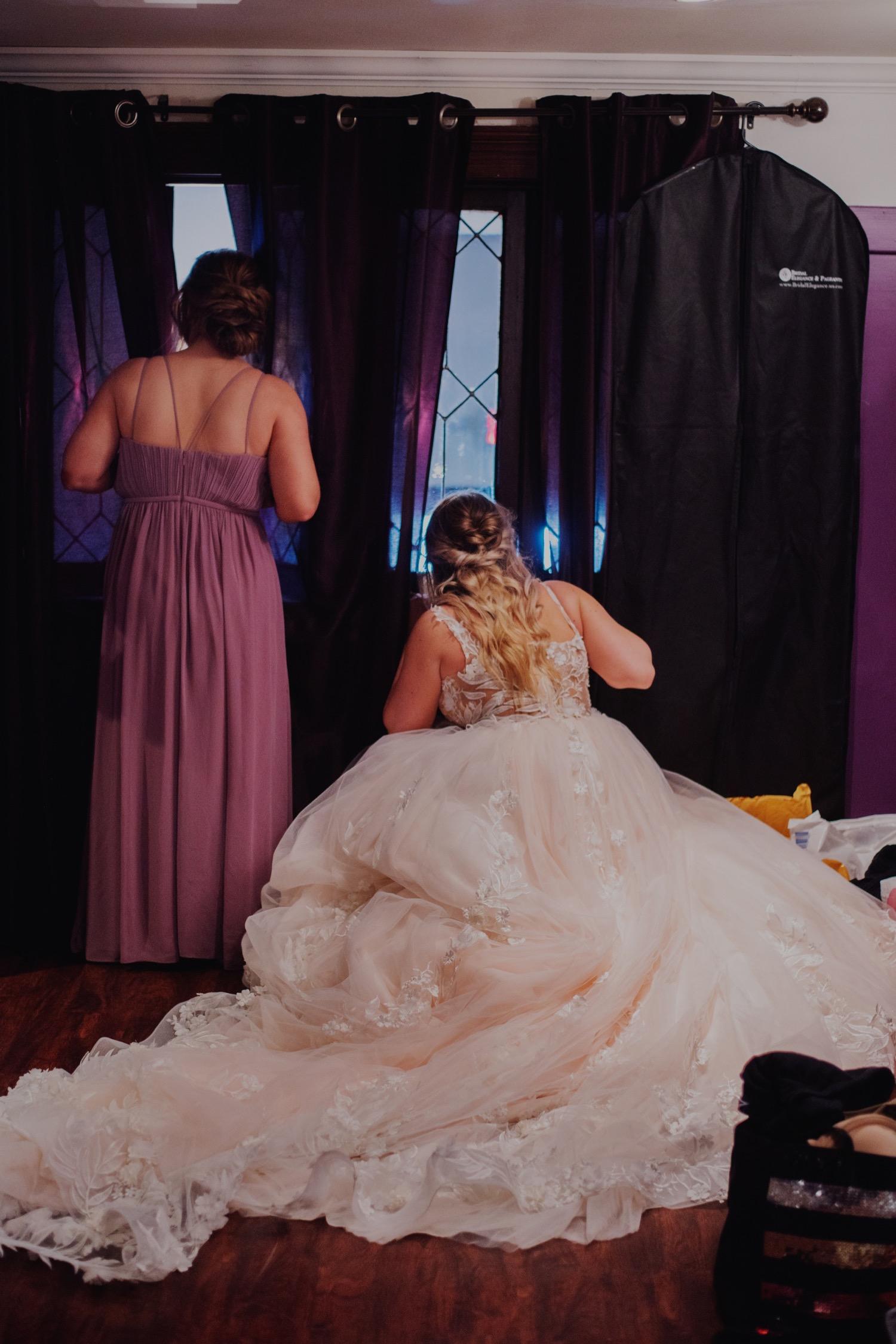 088_Benckendor-TheSilverFox-Streator-Wedding_0130.jpg