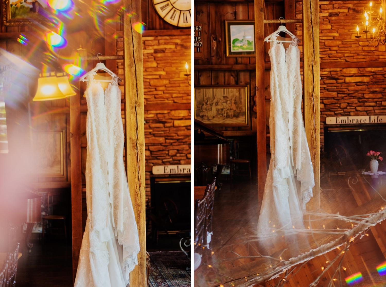 011_Bowden-Pavlocik-Galena-OakHillFarm-Wedding_0018_Bowden-Pavlocik-Galena-OakHillFarm-Wedding_0019.jpg