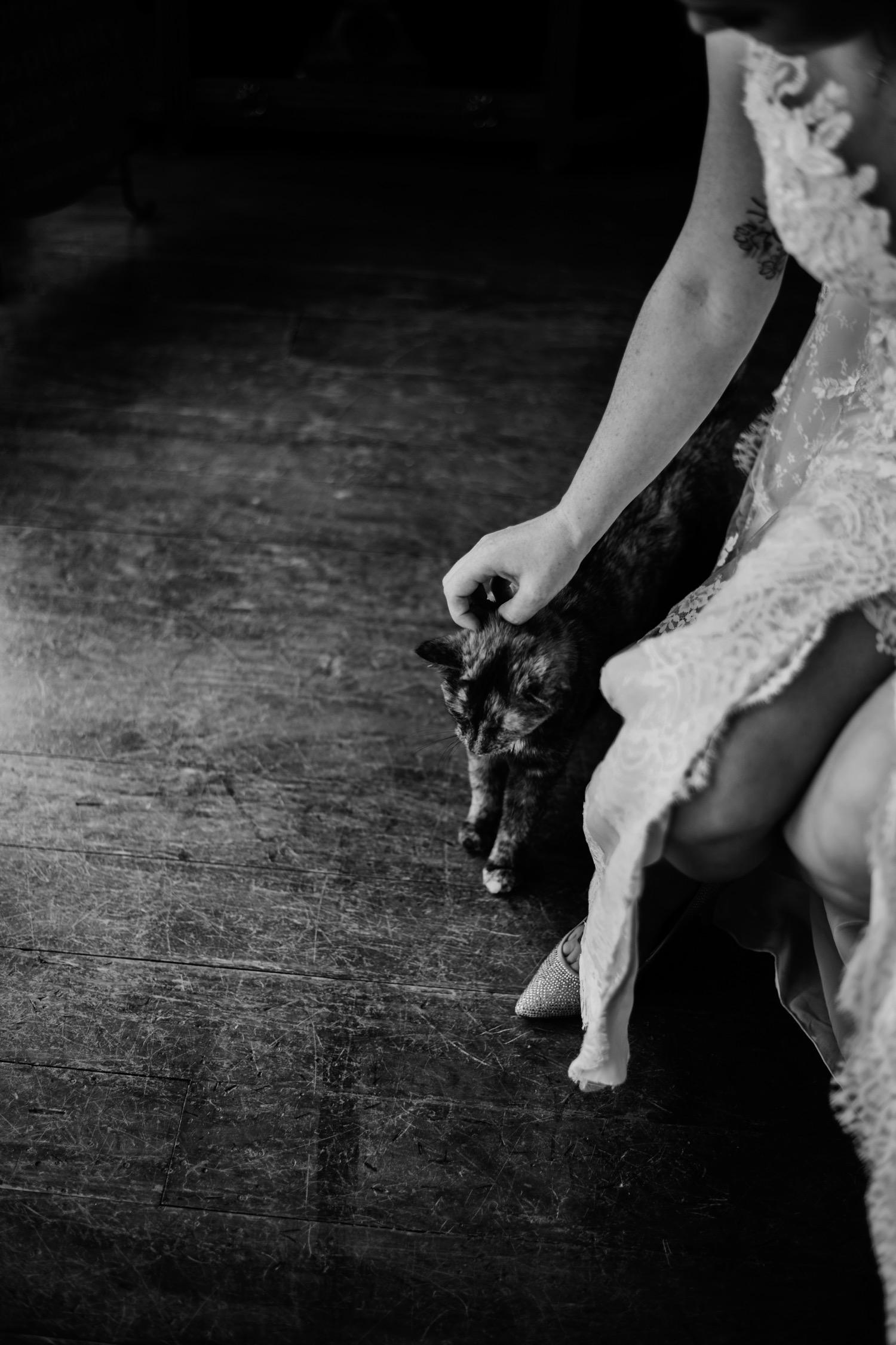 021_Bowden-Pavlocik-Galena-OakHillFarm-Wedding_0033.jpg