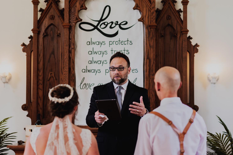 061_Bowden-Pavlocik-Galena-OakHillFarm-Wedding_0091.jpg