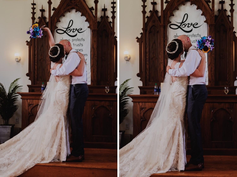 069_Bowden-Pavlocik-Galena-OakHillFarm-Wedding_0105_Bowden-Pavlocik-Galena-OakHillFarm-Wedding_0106.jpg
