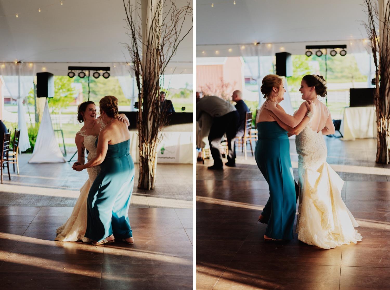 109_Bowden-Pavlocik-Galena-OakHillFarm-Wedding_0171_Bowden-Pavlocik-Galena-OakHillFarm-Wedding_0172.jpg