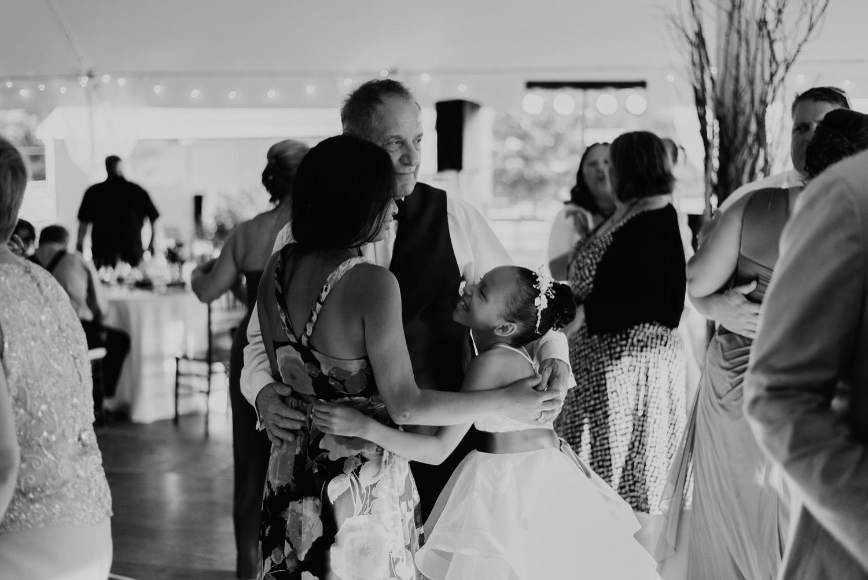 110_Bowden-Pavlocik-Galena-OakHillFarm-Wedding_0173.jpg