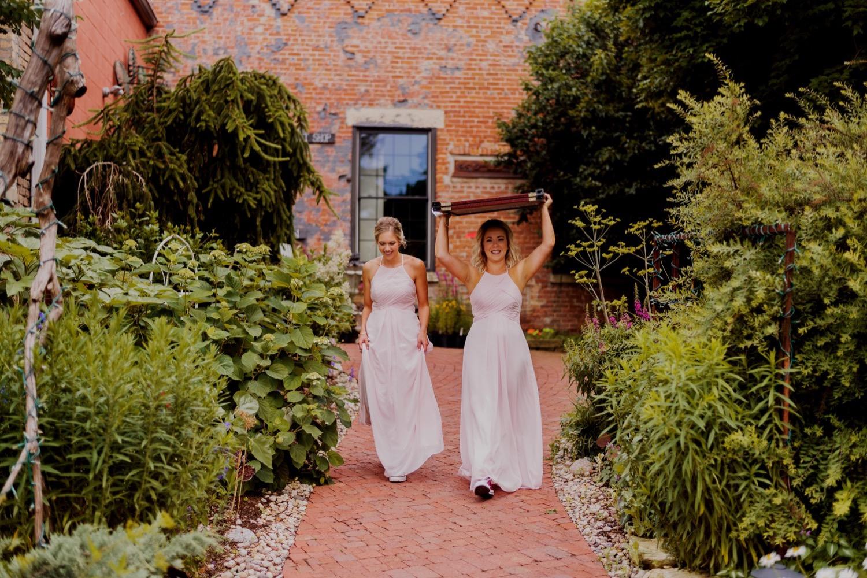 027_Treml-Meck-Blumen-Gardens-Sycamore-Wedding0038.jpg