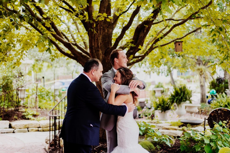 065_Treml-Meck-Blumen-Gardens-Sycamore-Wedding0101.jpg
