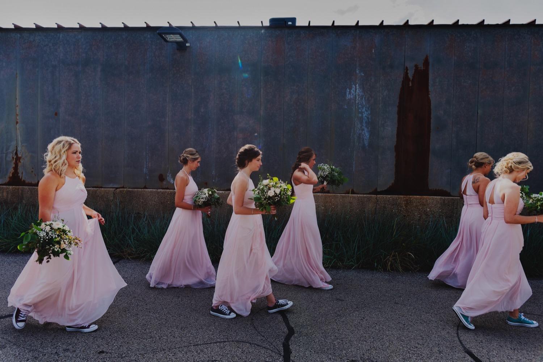 080_Treml-Meck-Blumen-Gardens-Sycamore-Wedding0123.jpg