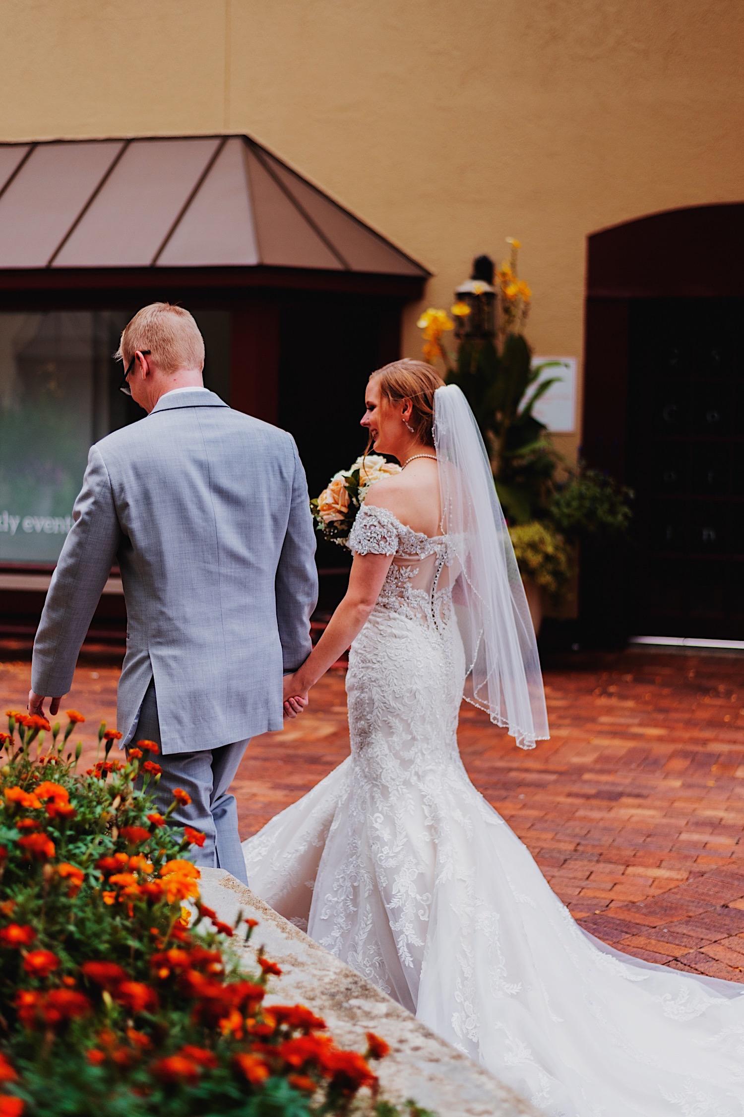 061_Dodd-Hejnar-Riverside-Reception-Geneva-Illinois-Wedding_0095.jpg