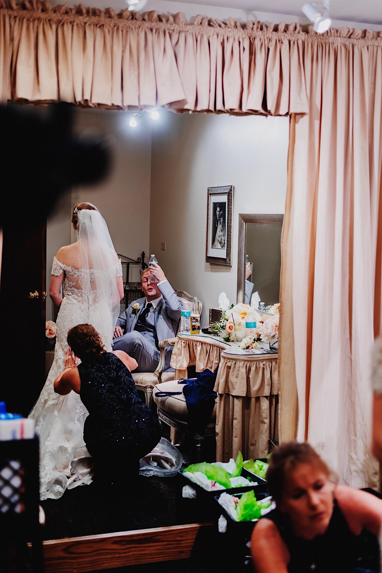 063_Dodd-Hejnar-Riverside-Reception-Geneva-Illinois-Wedding_0098.jpg