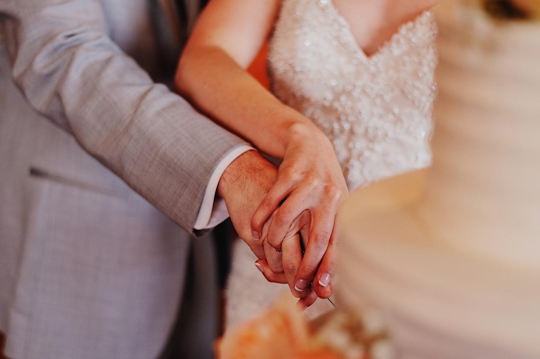 073_Dodd-Hejnar-Riverside-Reception-Geneva-Illinois-Wedding_0114.jpg