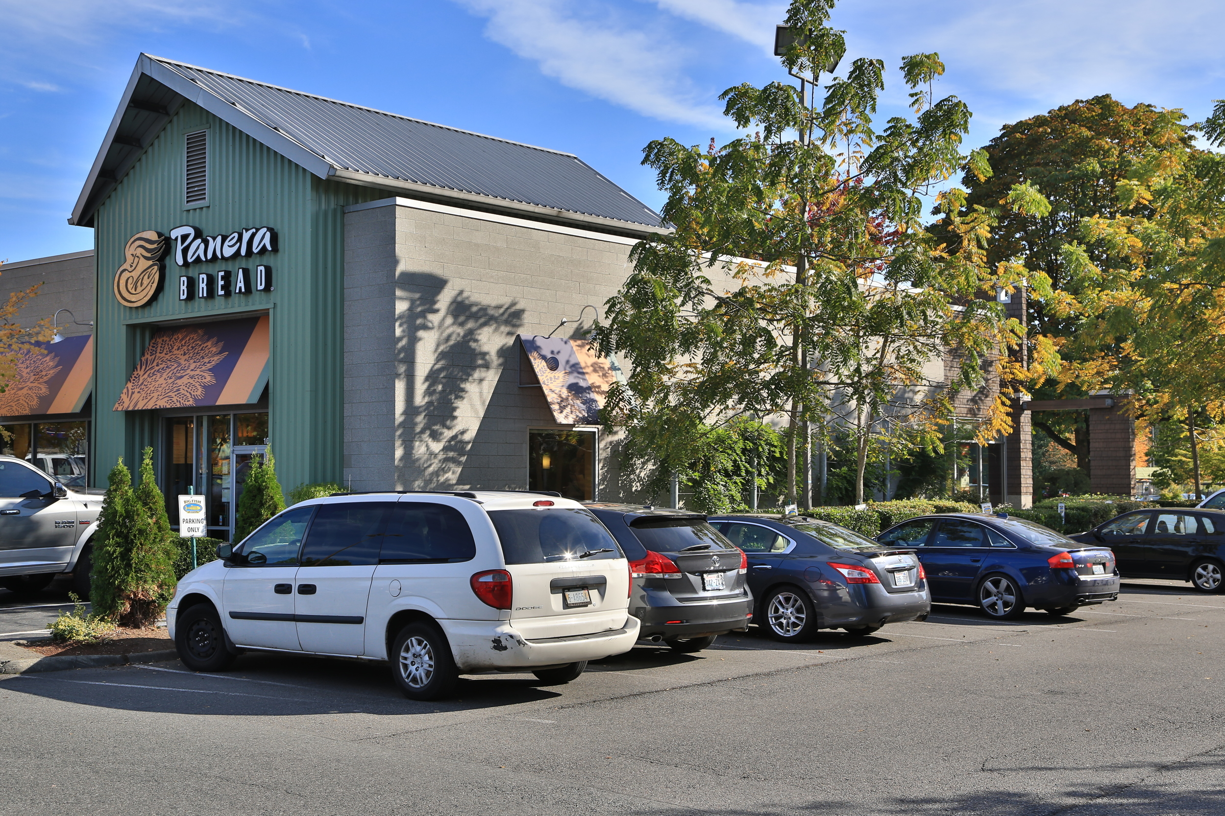 DTW - Downtown Woodinville - Panera.JPG