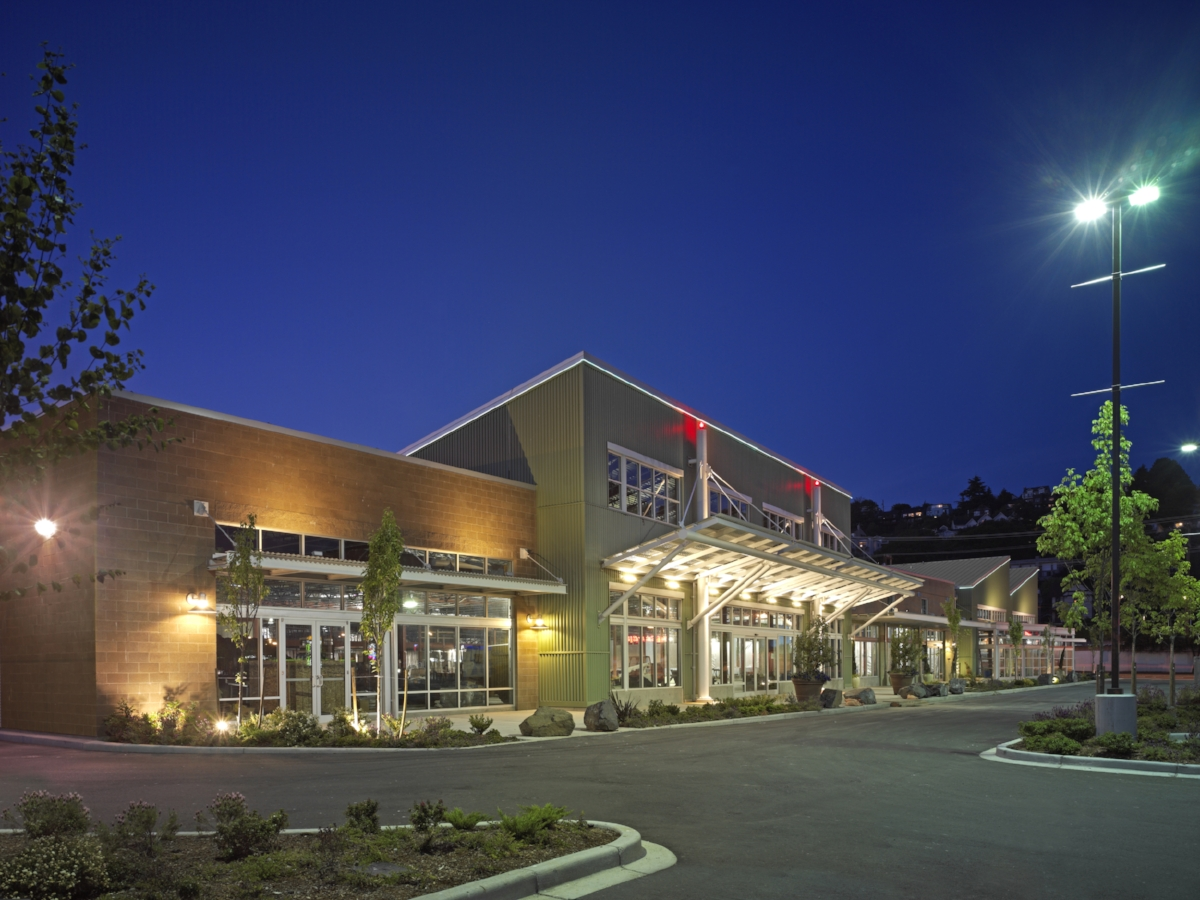 Whole Foods Interbay - 80,000 Sqft