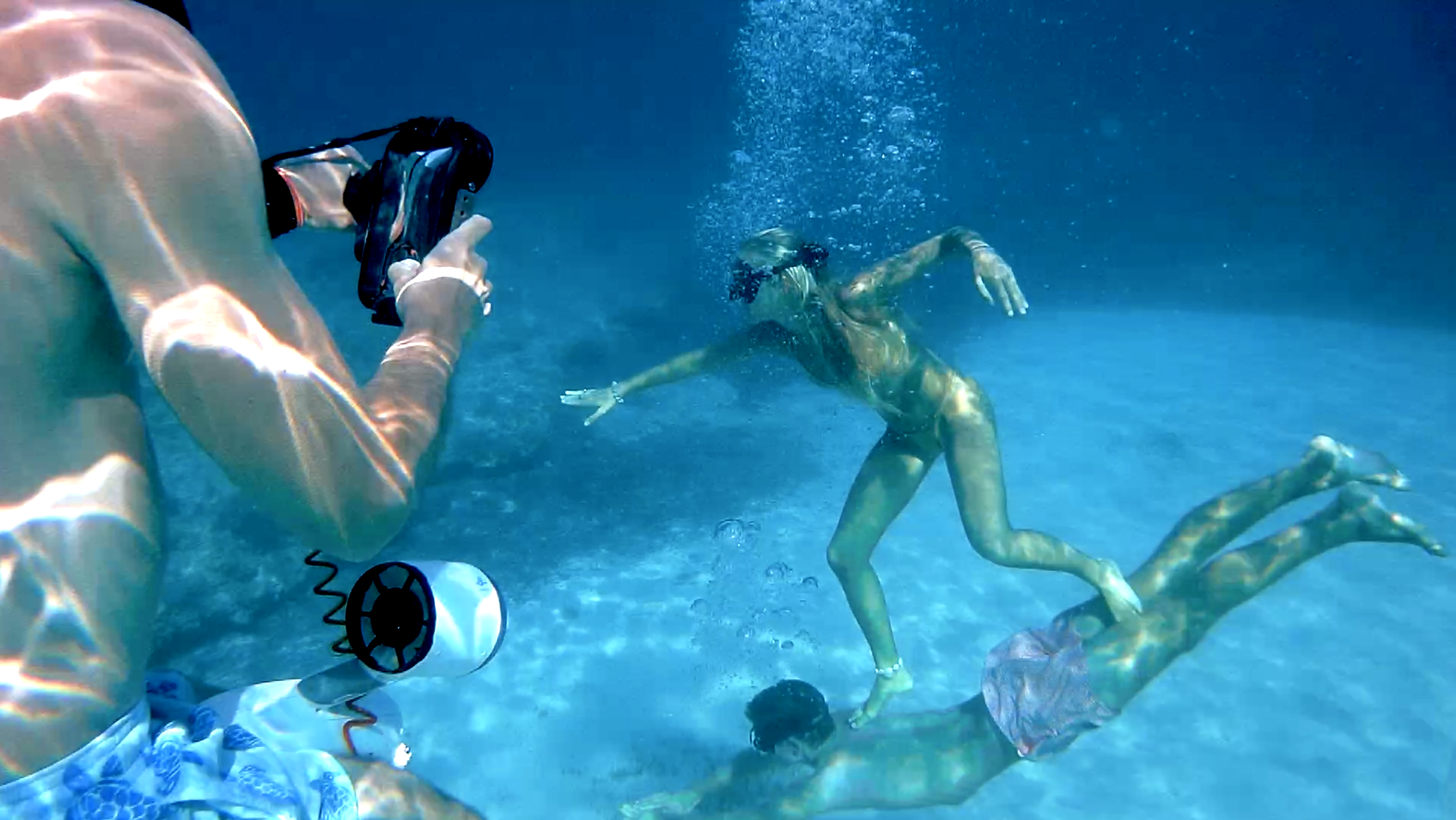 playing-underwater.png