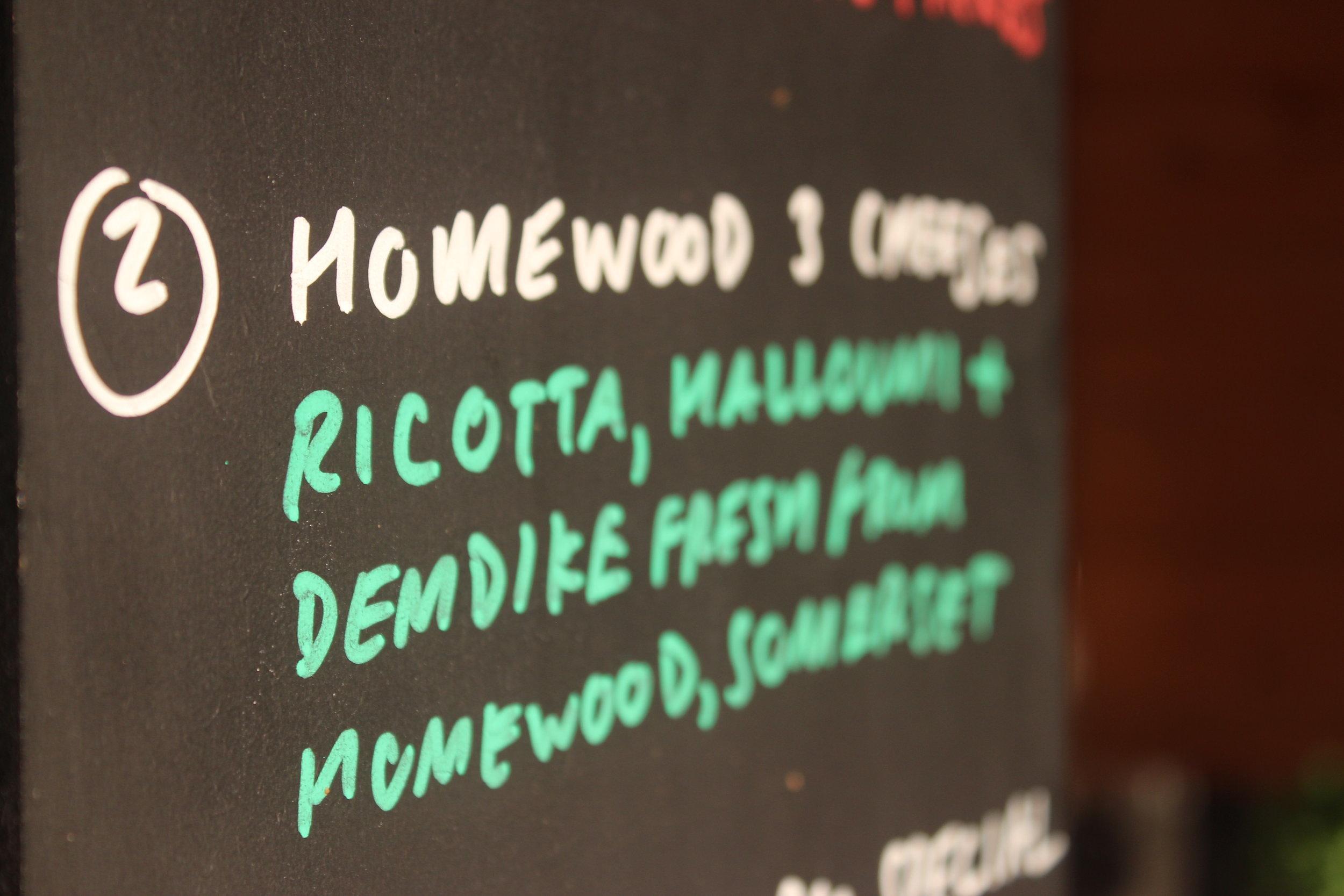 bath-pizza-co-homewood-cheeses-pizza