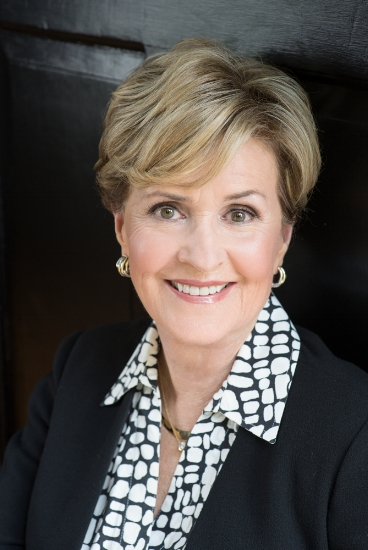 Jill Dinwiddie, a champion of women's empowerment,will receive the Paradigm Award at the Dress For Success Charlotte Ultimate Power Lunch Sept. 26 at The Fillmore.