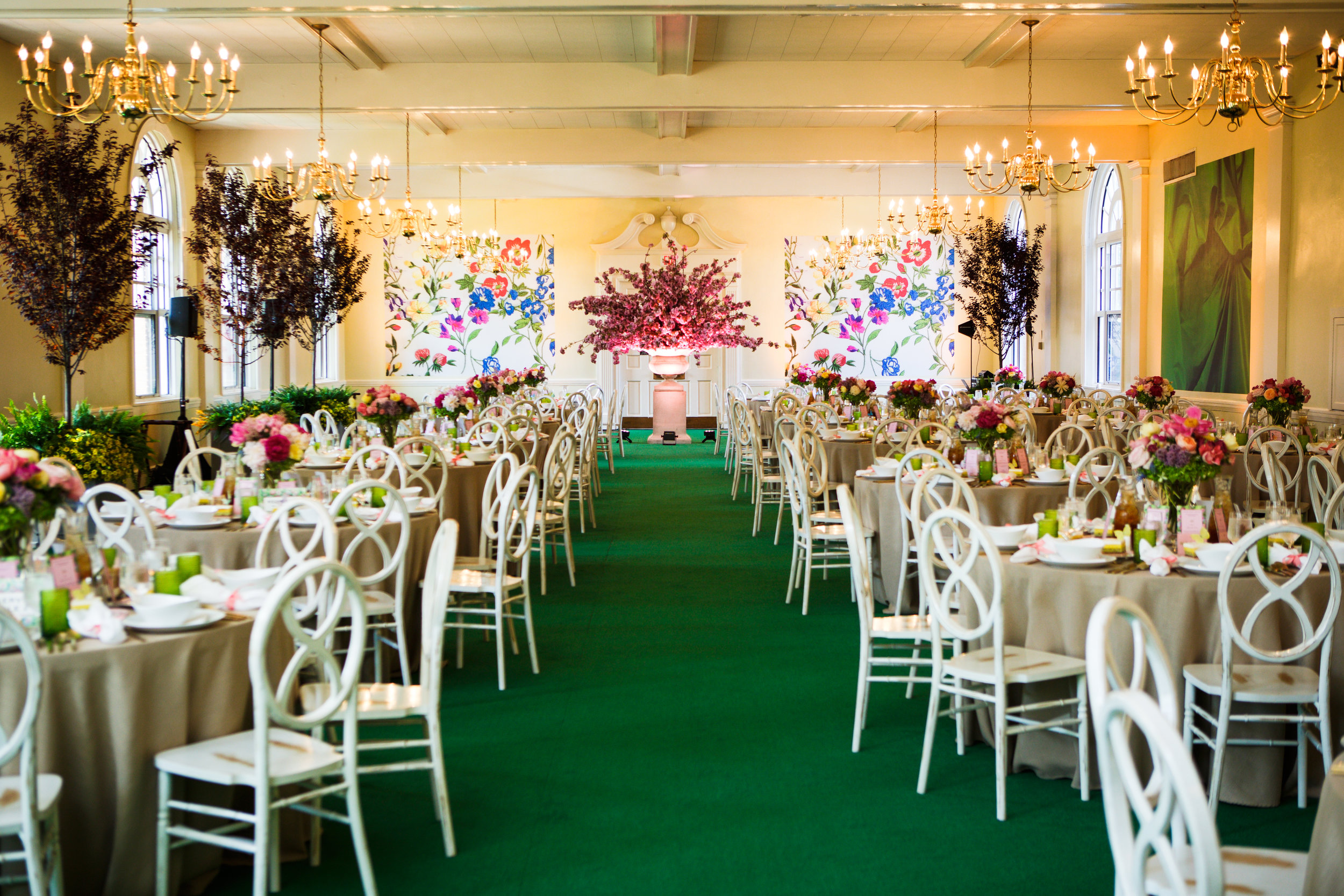 Catherine M. Austin Designs and Todd Murphy Events transformed the space into a spring garden inspired by fashion designer Oscar de la Renta.