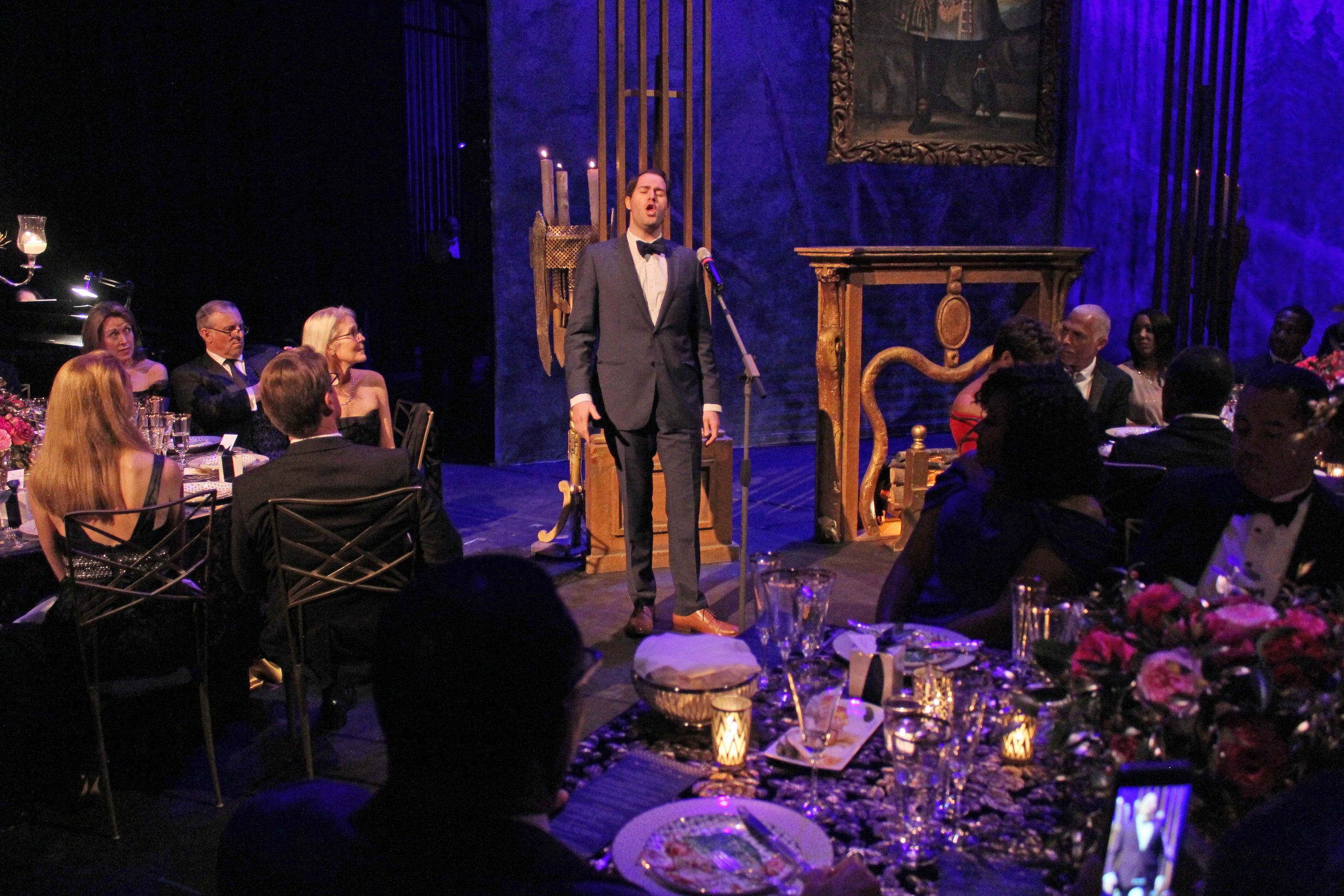 Star tenor David Walton performs during dinner.